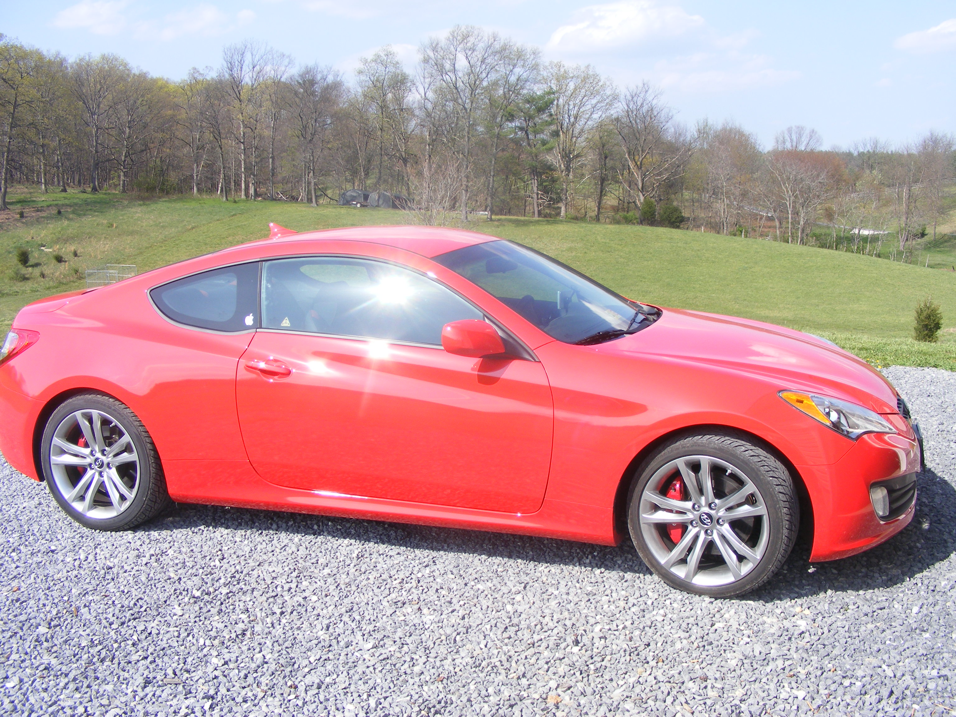2012 hyundai genesis coupe 3 8 r spec review hammerhead armament blog. Black Bedroom Furniture Sets. Home Design Ideas
